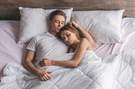 Bí ẩn đằng sau giấc mơ quan hệ